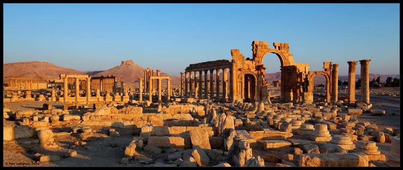 Chicago Ron organizes metal detecting rally in ancient Syrian city ofPalmyra.